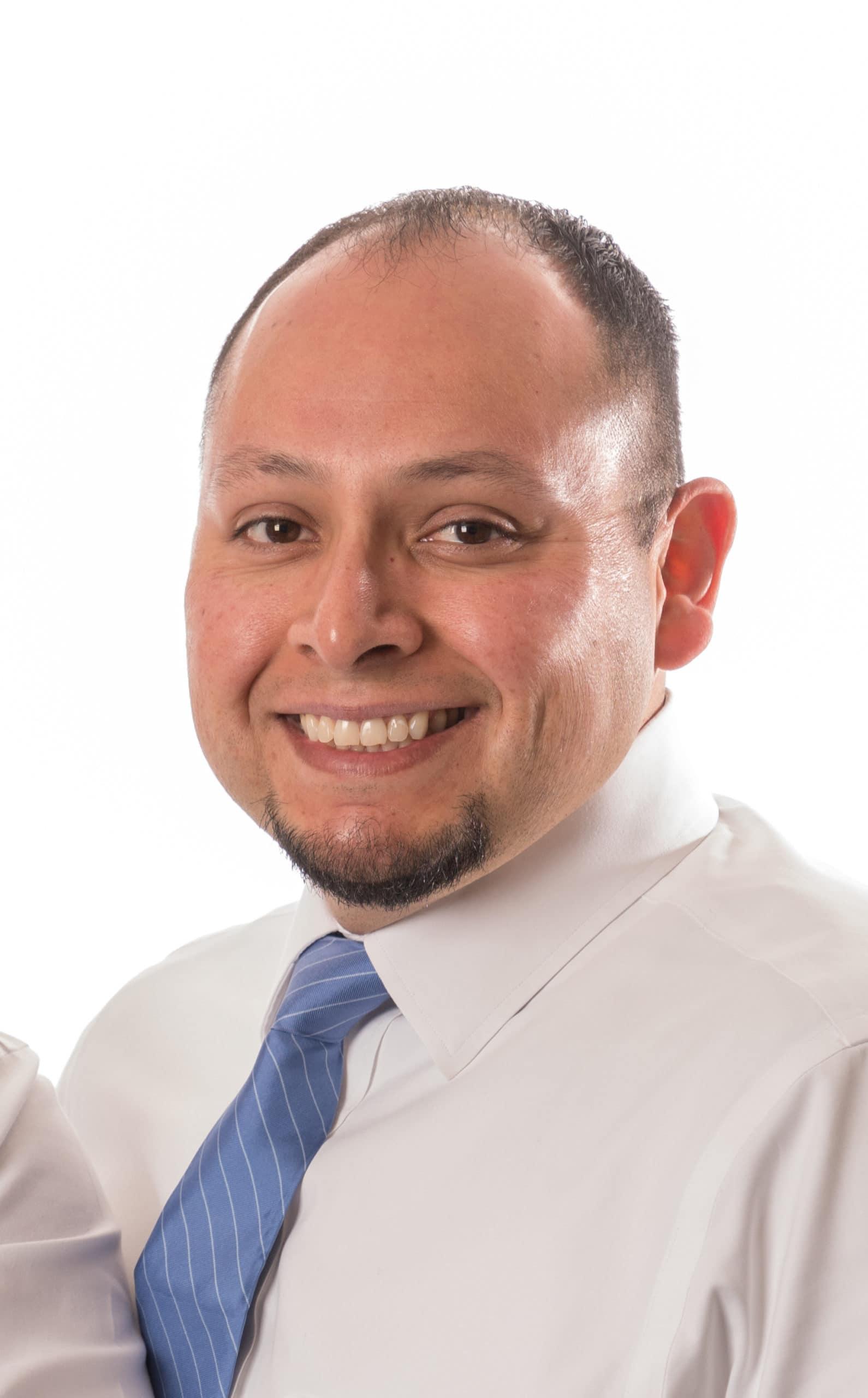 Dr Mario Gonzales